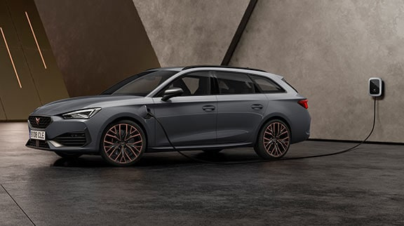 new CUPRA Leon Sportstourer ehybrid family sports car in graphene grey colour specifications
